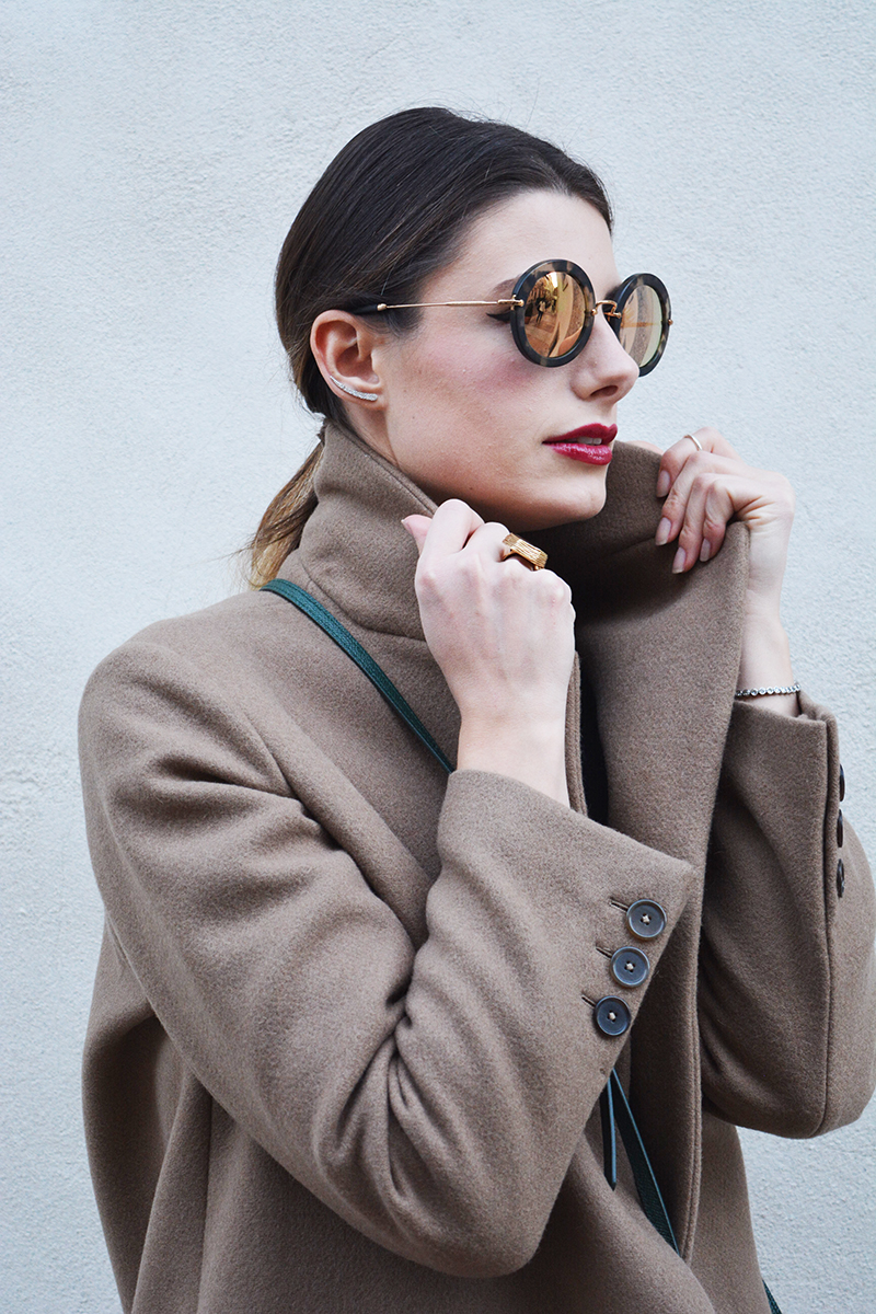 10 miu miu mirror lenses gold sunglasses fall winter 2015 2016 behindmyglasses.com giulia de martin jill sander coat dolce & gabbana bag zara shoes
