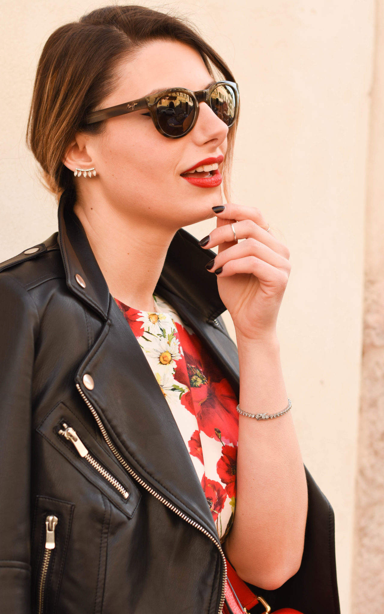 Giulia De Martin behindmyglasses.com sunglasses Maui Jim eyewear collection Dolce & Gabbana bag dress Valentino rockstud pumps red mango leather jacket-10