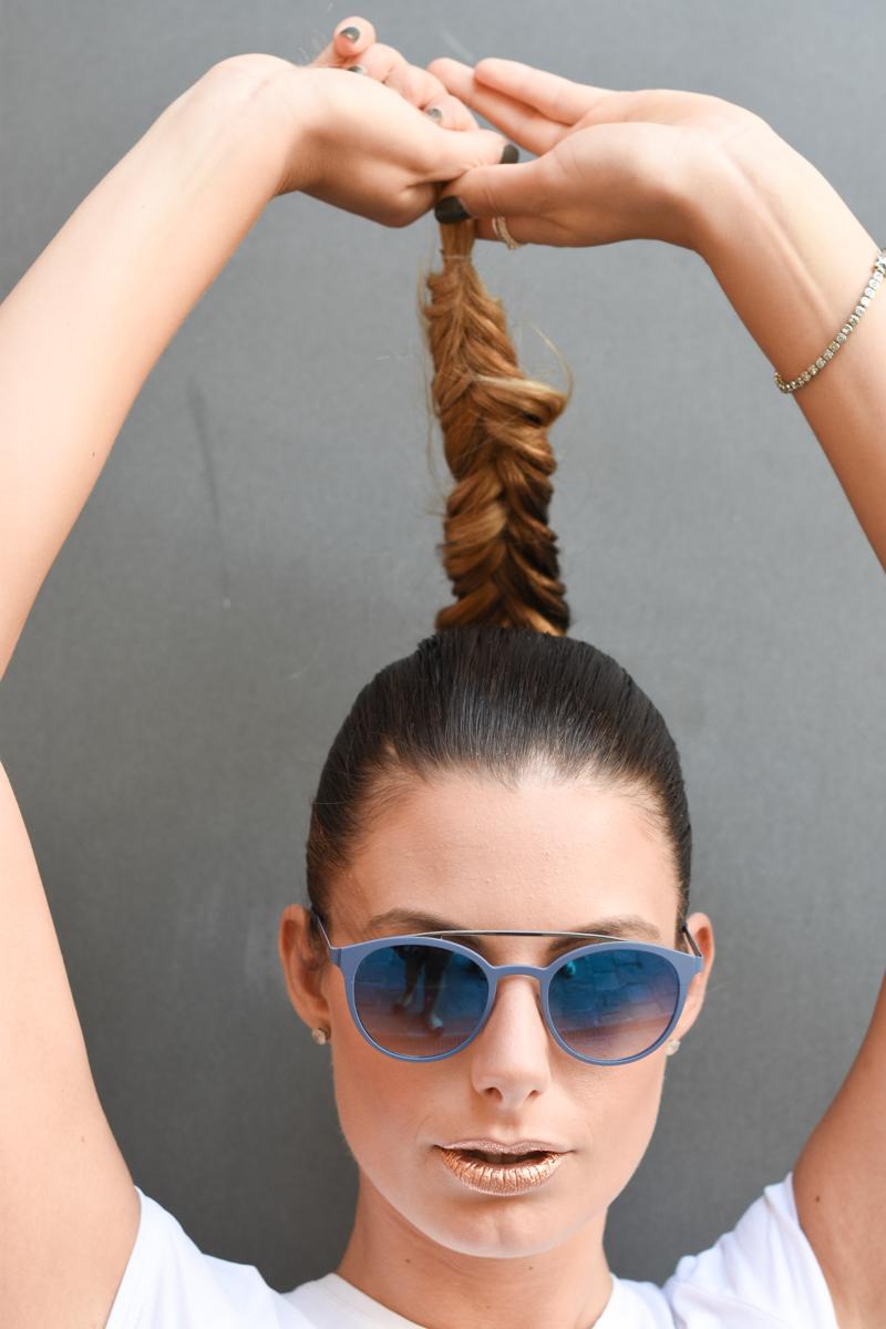 giulia-de-martin-blackfin-black-fin-eyewear-sunglasses-bronze-summer-lips-behindmyglasses-blog-white-tshirt-3