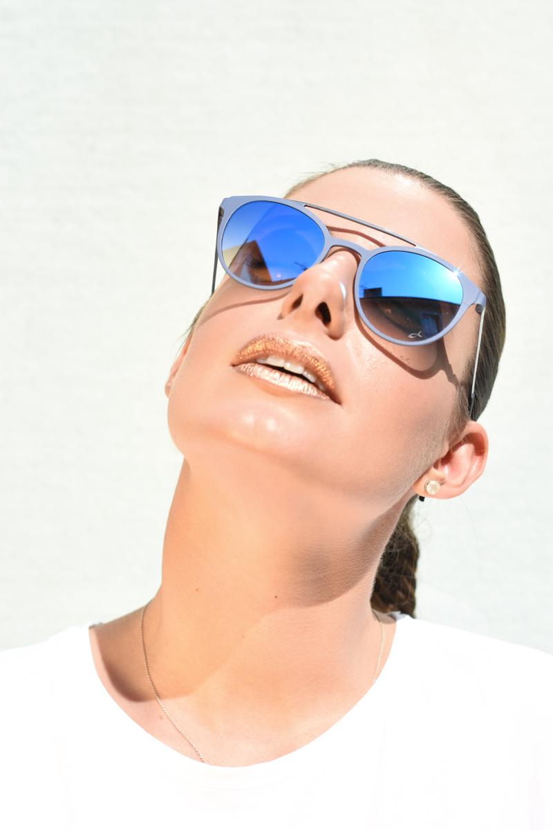 giulia-de-martin-blackfin-black-fin-eyewear-sunglasses-bronze-summer-lips-behindmyglasses-blog-white-tshirt-7