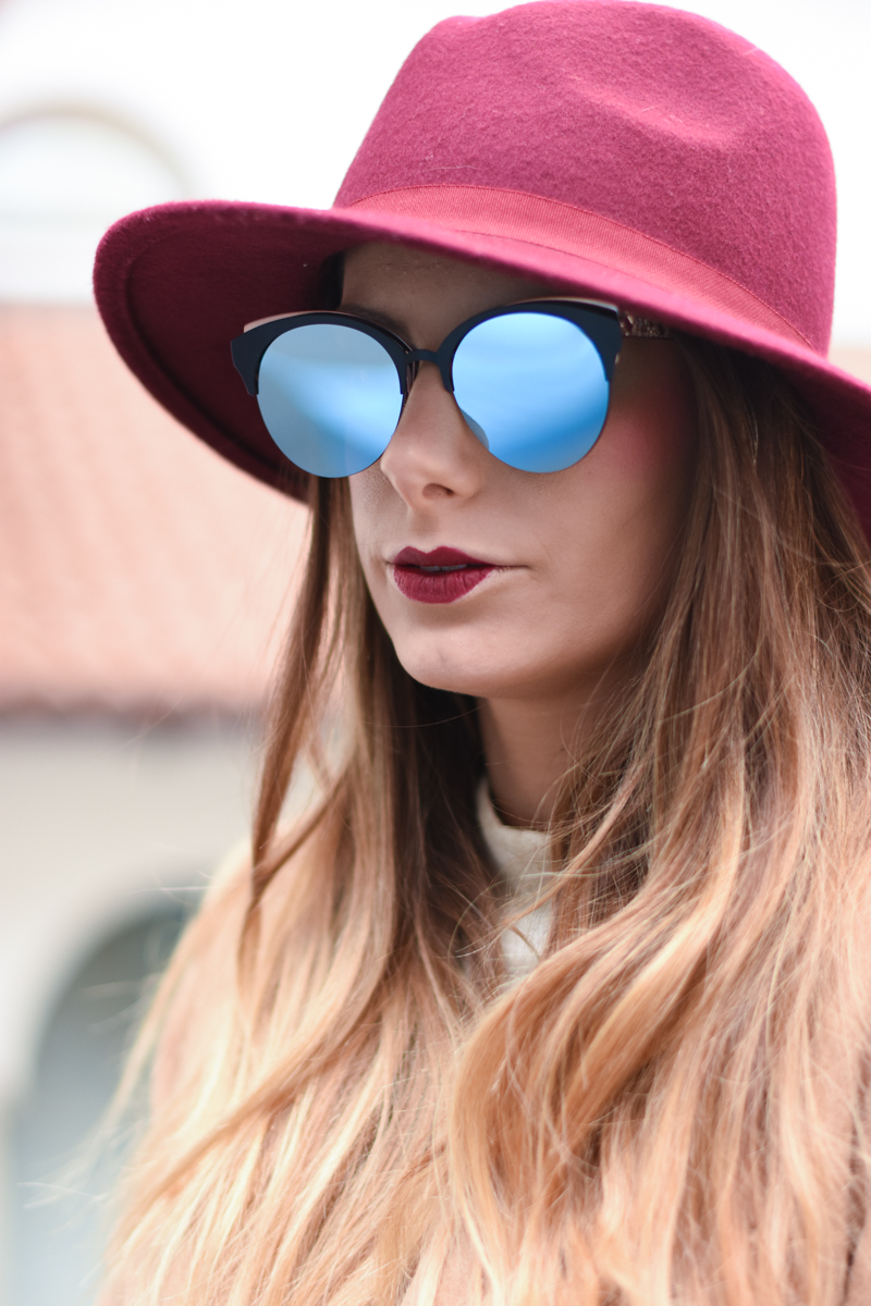 diorama-club-sunglasses-blue-rose-black-mirror-lenses-eyewear-giulia-de-martin-behindmyglasses-com-4