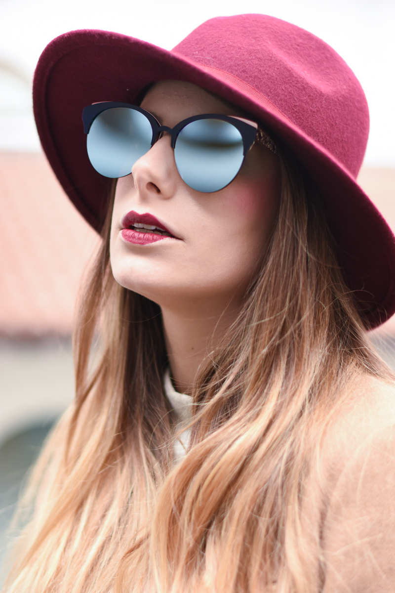 diorama-club-sunglasses-blue-rose-black-mirror-lenses-eyewear-giulia-de-martin-behindmyglasses-com-5