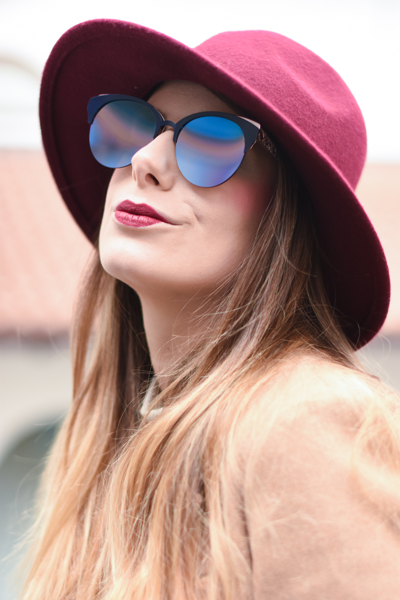 diorama-club-sunglasses-blue-rose-black-mirror-lenses-eyewear-giulia-de-martin-behindmyglasses-com-6