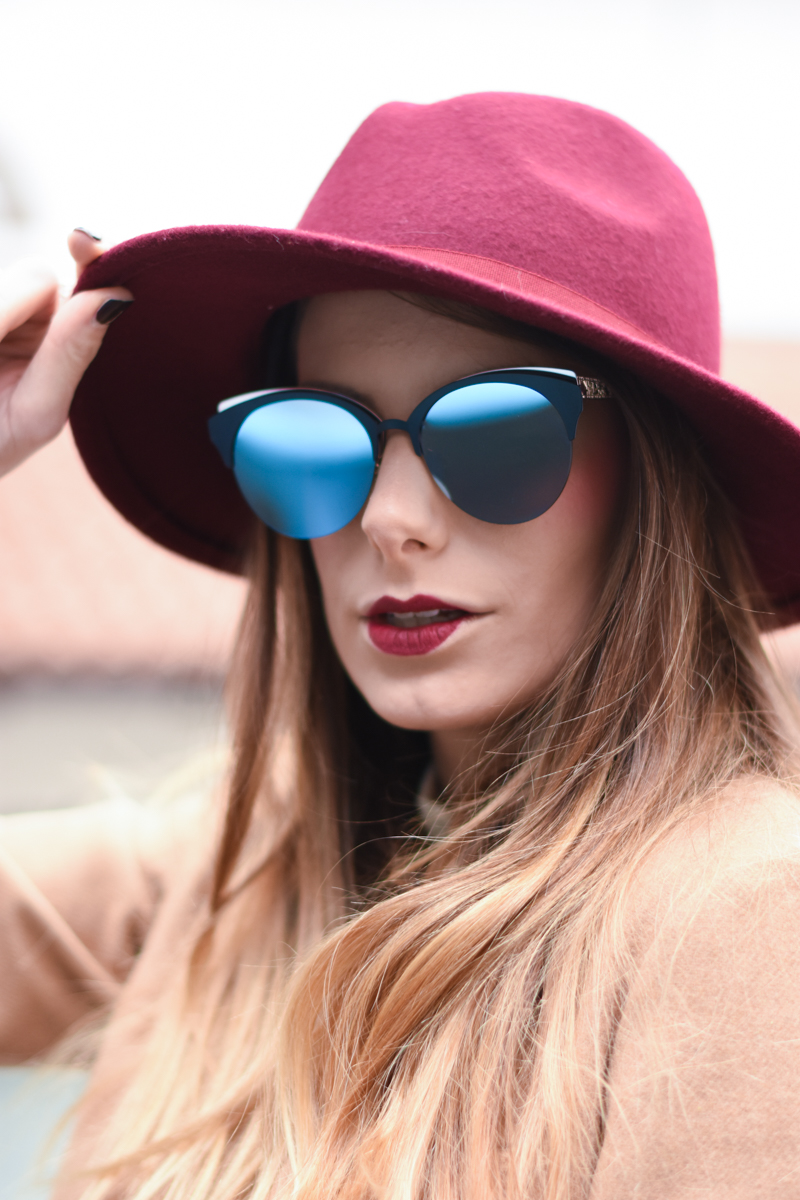 diorama-club-sunglasses-blue-rose-black-mirror-lenses-eyewear-giulia-de-martin-behindmyglasses-com-7