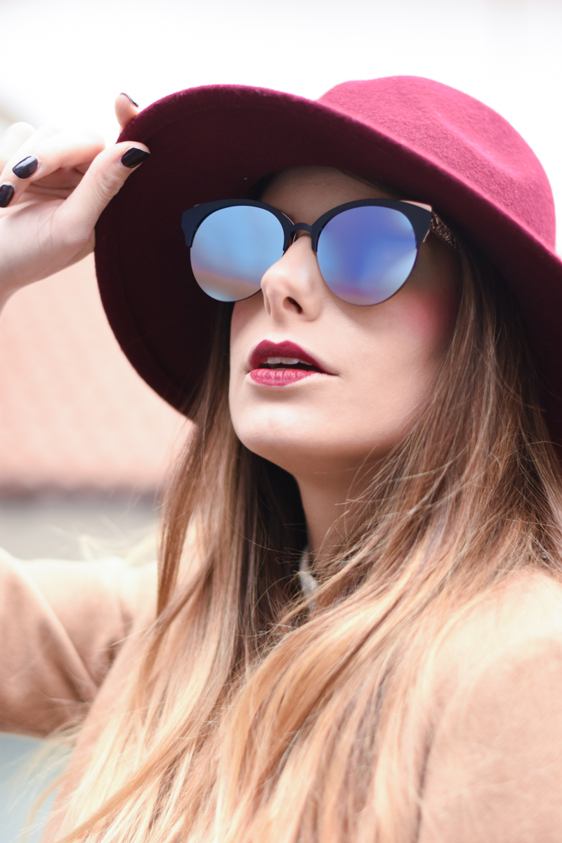 diorama-club-sunglasses-blue-rose-black-mirror-lenses-eyewear-giulia-de-martin-behindmyglasses-com-8