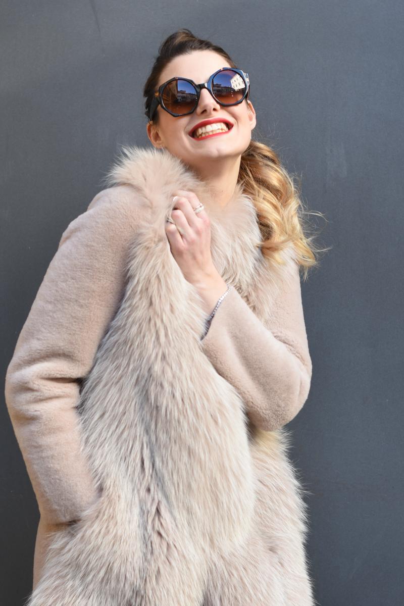 giulia de martin zan zan sunglasses le tabou opal pink blacha fur coat behindmyglasses.com eyewear blog italian-12