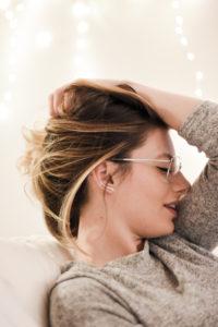 Giulia De Martin behind my glasses eyewear blog neubau eyeglasses metal aviator silver-4