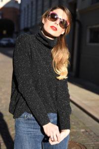 prada-sunglasses-fall-winter-2017-2018-behidn-my-glasses-eyewear-blog-giulia-de-martin-shades-sunnies-colors-pink-red-lips