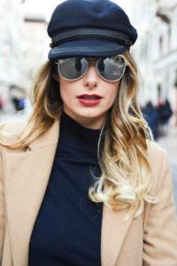 Chanel aviator sunglasses chanel sunglasses eyewear fall winter 2017 2018 silver mirror lenses aviator occhiali da sole argento pelle leather behind my glasses eyewer blog giulia de martin -16