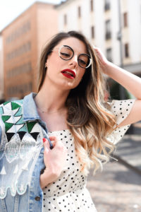 Giulia-de-martin-woow-eyeglasses-lunettes-2018-french-eyewear-BLAST-1-2-blog-eyewear-behind-my-glasses-influncer