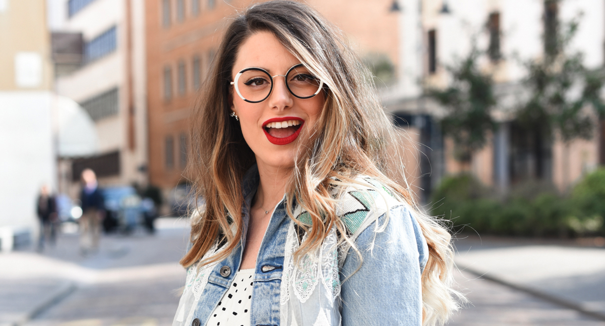 Giulia-de-martin-woow-eyeglasses-lunettes-2018-french-eyewear-BLAST-1-2-blog-eyewear-behind-my-glasses-influncer