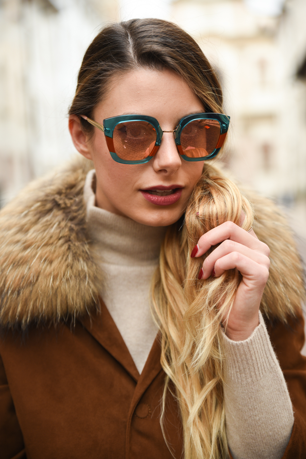 giulia de martin behind my glasses eyewear influencer blogger content creator blog sunglasses eyeglasses face è face paris sunglasses fall winter 2018 frame woman -17