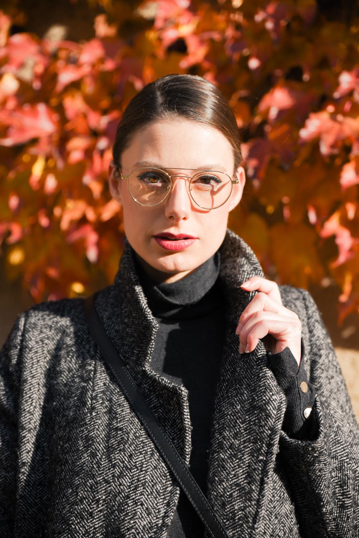 giulia de martin behind my glasses eyewear influencer blogger content creator blog sunglasses eyeglasses snob milano magnet frame woman round pilot -1